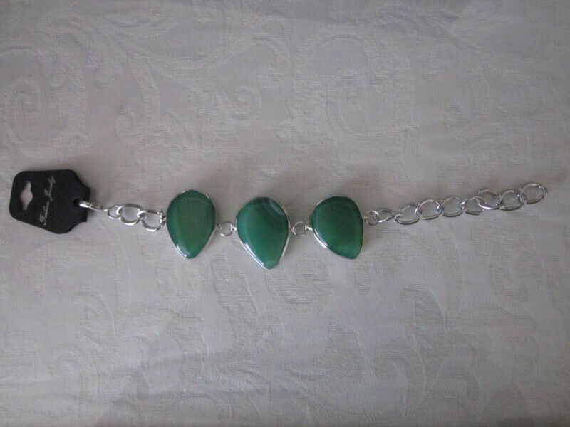 NWT Green Agate Gemstone and Silver Tone Adjustable Chain Bracelet Free Ship