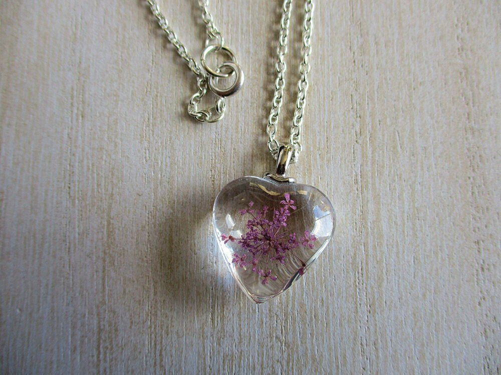 Purple Queen Anne's Lace Real Flower Heart Glass Silver Tone Necklace Pendant