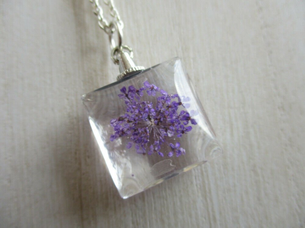 Purple Queen Anne's Lace Real Flower Square Glass Silver Tone Pendant Necklace