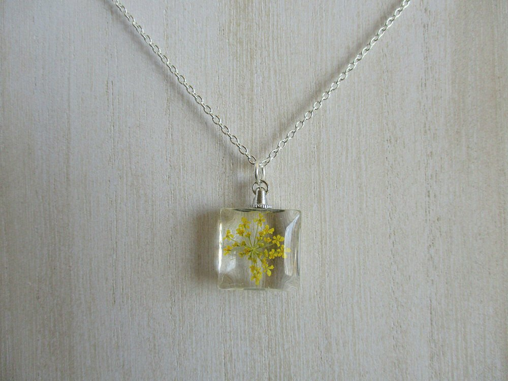 Yellow Queen Anne's Lace Real Flower Square Glass Silver Tone Necklace Pendant
