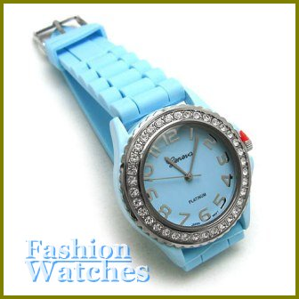 An incredible design with sky blue rubber strap fashion watch and two bonus gifts.