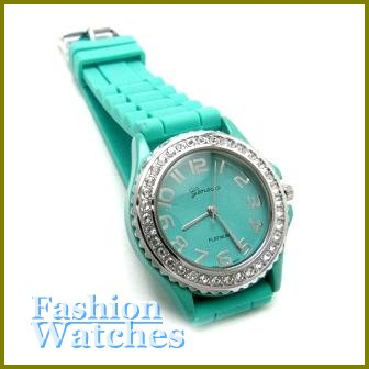 The New Breed!  Golf course green rubber strap fashion watch with two bonus gifts.