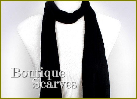 GILVANDIA COUTURE jet black exceptional solid knit design boutique scarf.