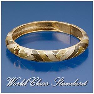 Jacques Rennes Lacoste fashion bracelet with olive, white floral details and boutique design.