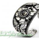 JONFRANCA fashion bracelet featuring a burnish silvermoda finish peruvian bangle.