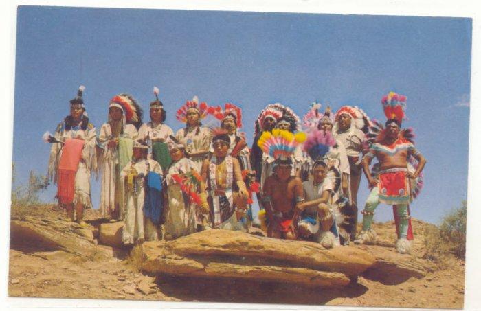 INDIANS IN CEREMONIAL DRESS, VINTAGE CHROME POSTCARD   24