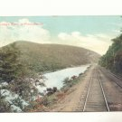 1909 LEHIGH RIVER IN PENNSYLVANIA, RAILROAD TRACK VIEW    POSTCARD #388