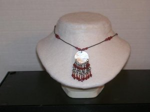 Glass Ruby & Round Mother Of Pearl - TBM-MOPN-004