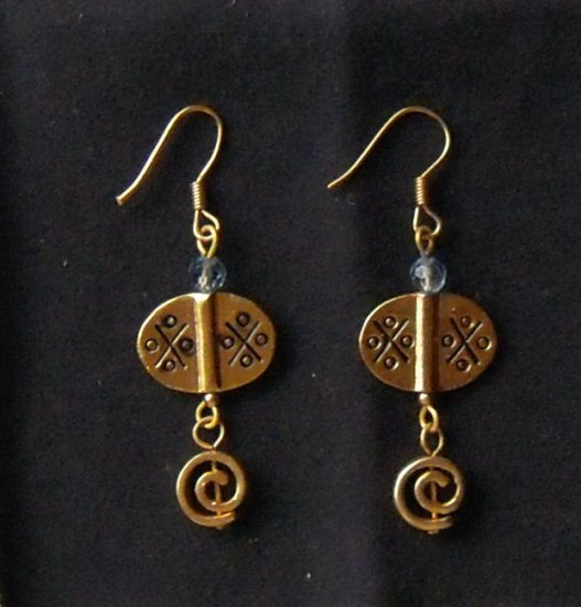 Hanging gold earrings