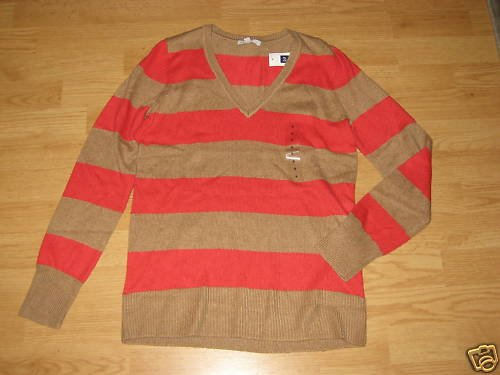 NWT GAP WOMENS SWEATER SIZES S