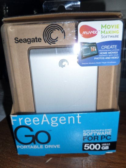 Seagate FreeAgent Go 500 GB USB 2.0 Portable External Hard Drive ST905003FGA2E1-RK