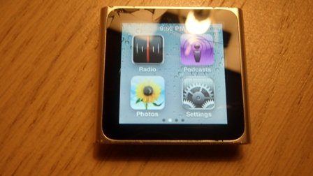 Apple iPod nano 16 GB Silver (6th Generation) NEWEST MODEL - Crack on Screen