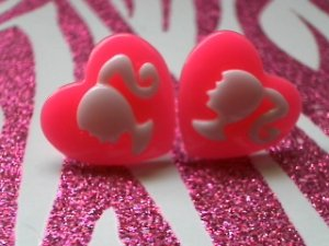It's Barbie B......! (Hot Pink & White)