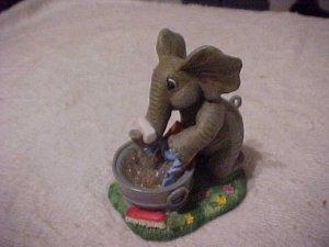 Hamilton Watery Ways & Elephant Days SUDSY FUN Figurine 1997