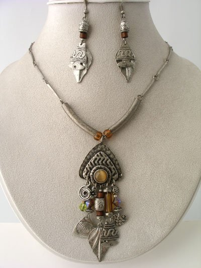 BOHO CHUNKY ANTIQUE STYLE SILVER TONE METAL NECKLACE BEAD SET
