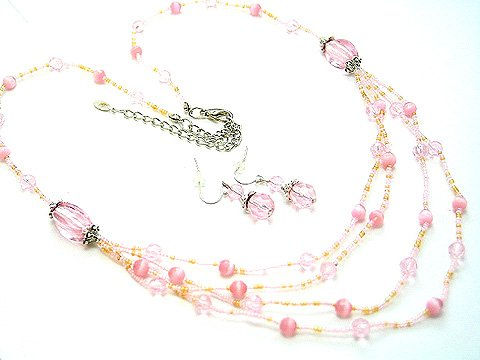 MULTI STRAND LIGHT PINK GLASS BEAD NECKLACE SET