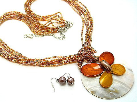 LONG CHUNKY BROWN BEIGE MULTI STRAND BUTTERFLY SHELL NECKLACE SET