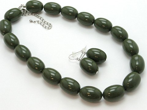 SINGLE ROW OLIVE GREEN LUCITE BEAD BALL NECKLACE SET