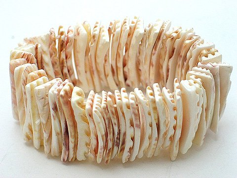 BEIGE CREAM CREME OFF WHITE SHELL BANGLE BRACELET