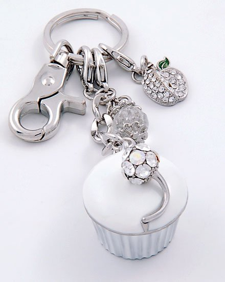 WHITE 3D  CUPCAKE CRYSTAL LOCKET HANDBAG PURSE KEYCHAIN