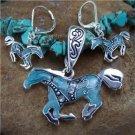 NEW BLUE WESTERN HORSE PONY NECKLACE PENDANT SET