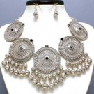 CHUNKY SILVER P GRAY BLACK STATEMENT NECKLACE SET