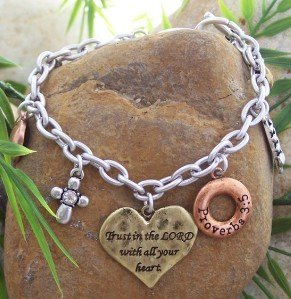 NEW RELIGOUS CHRISTIAN PROVERBS 3:5 TRUST LORD BRACELET
