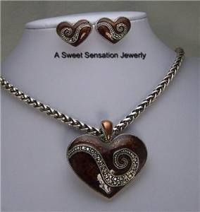 BROWN WESTERN HEART LOVE CHARM SILVER P NECKLACE SET