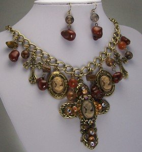 BROWN ANTIQUE STYLE CAMEO CROSS BIB NECKLACE SET