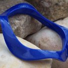 NEW CHIC BLUE WAVY CURVY BANGLE BRACELET
