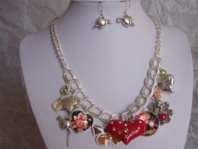 NEW RED BLACK GREEN HEART FLOWER SILVER P NECKLACE SET