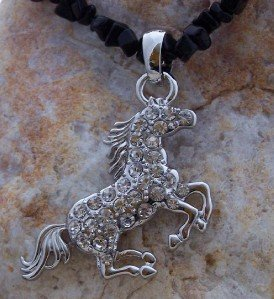 NEW WESTERN COWGIRL HORSE STALLION PONY CRYSTAL PENDANT