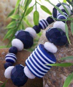 NEW TRENDY BLUE WHITE STRIPE BALL BRACELET