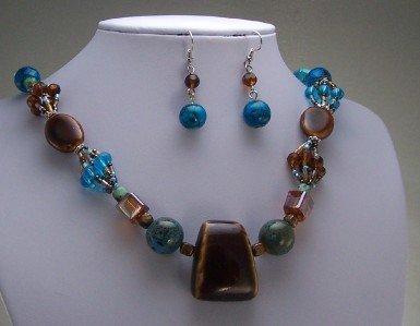 BLUE BROWN GLASS LAMPWORK CERAMIC MIX BEAD NECKLACE SET