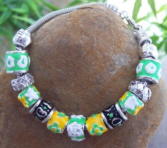 NEW EUROPEAN STYLE GREEN BLACK MULTI CHARM BRACELET