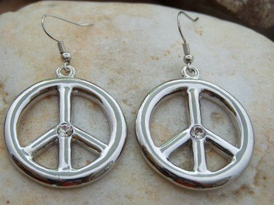 NEW WORLD PEACE SIGN SILVER TONE METAL EARRINGS