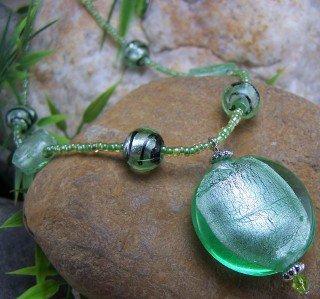 NEW BOHO GREEN AURORA BOREALIS LAMPWORK NECKLACE SET