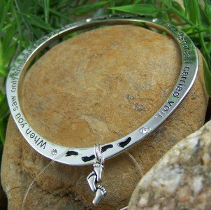 NEW RELIGIOUS FOOTPRINT FOOT STEPS BANGLE BRACELET