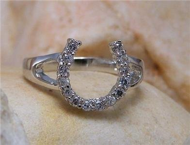 NEW WESTERN COWGIRL HORSESHOE 14 CRYSTAL RING SIZE 5