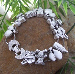 NEW MOTHER MOM TO BE BABY SHOWER SHOE BEAR BRACELET