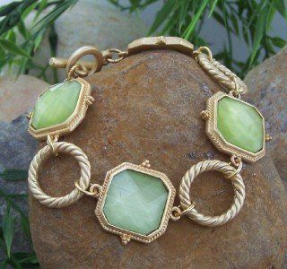 NEW LIME GREEN SQUARE GOLD TONE RING METAL BRACELET