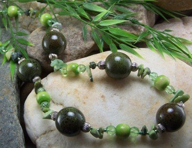 NEW BOHO WESTERN LONG GREEN MIXED BEAD NUGGET NECKLACE
