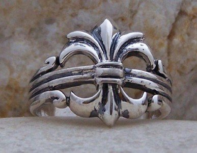 NEW STERLING SILVER FRENCH FLEUR DE LIS RING SIZE 7