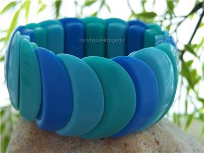 NEW BLUE SCALLOP WIDE BANGLE BRACELET