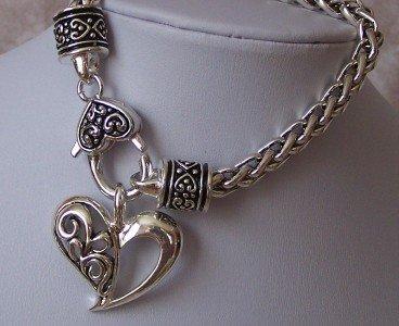 VALENTINES DAY HEART LOVE BRAIDED CHARM BRACELET