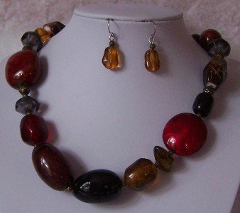MULTICOLOR RED BROWN RESIN BEAD MIX NECKLACE SET