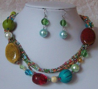 BLUE GREEN RED MULTICOLOR GLASS PEARL MIX NECKLACE SET