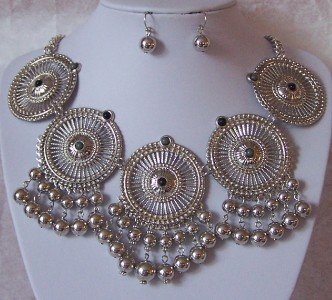 CHUNKY GRAY GREY METAL STATEMENT NECKLACE SET