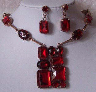 CHUNKY RED SIAM JEWELED COPPER P SQUARE NECKLACE SET