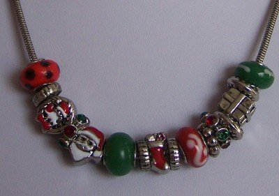 RED GREEN CHRISTMAS SANTA CLAUS STOCKING NECKLACE SET